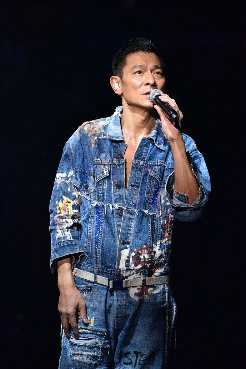 劉德華本月15日起在香港紅館展開最新一輪的巡演。圖/台灣映藝提供