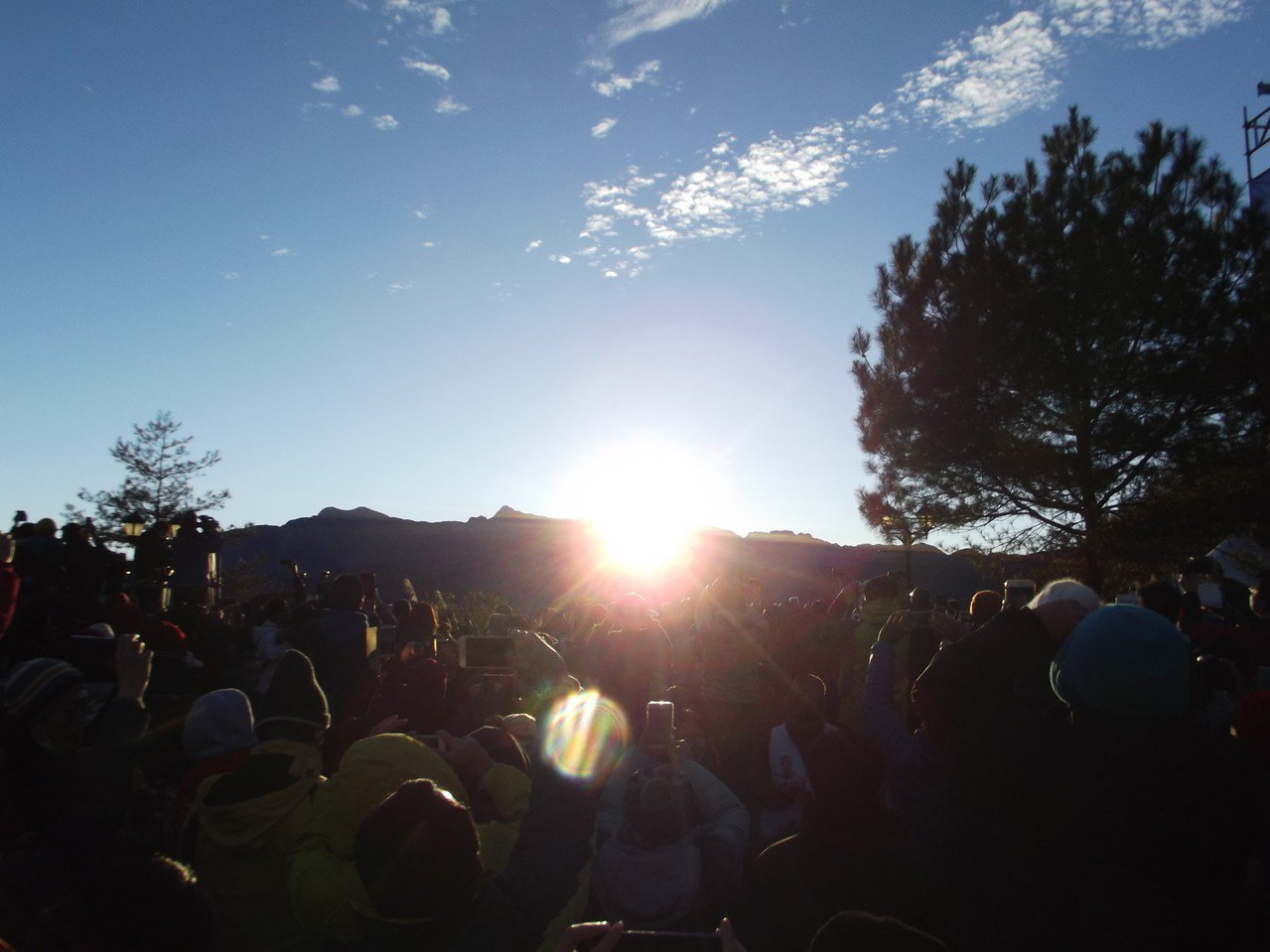 阿里山的日出。記者謝恩得/攝影