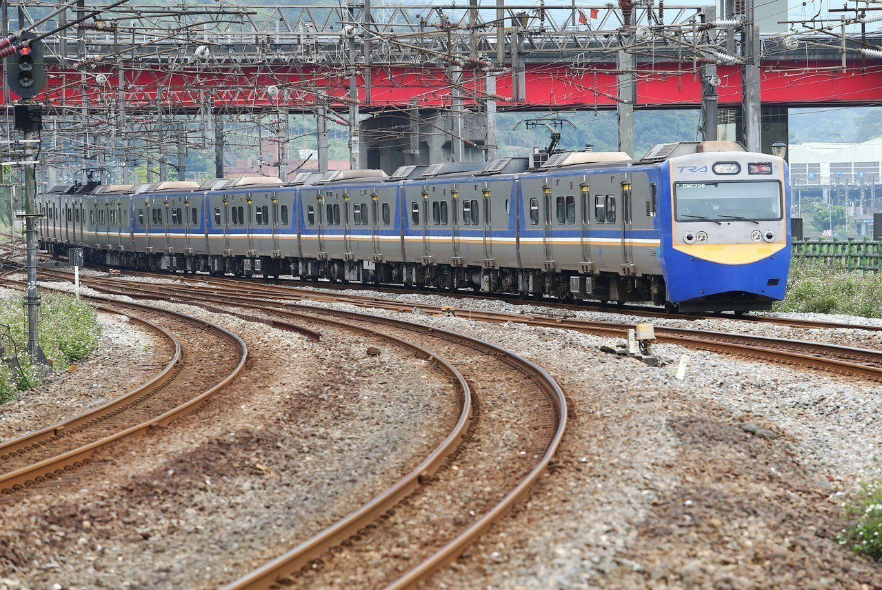 台鐵區間車示意圖,非新聞當事列車。 聯合報系資料照
