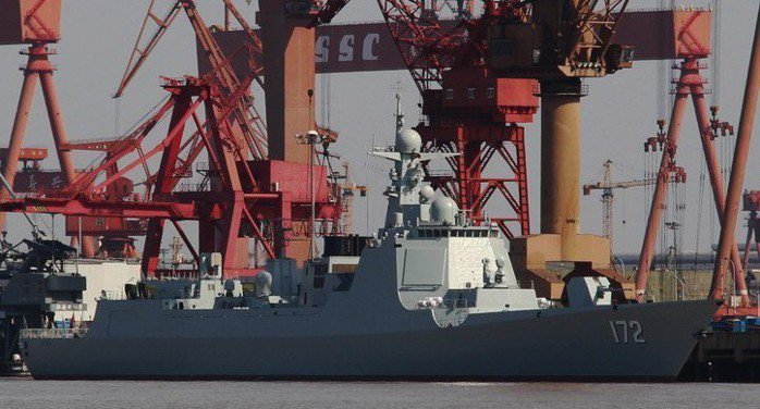 圖為052D型的172「昆明」艦。 圖/摘自維基百科