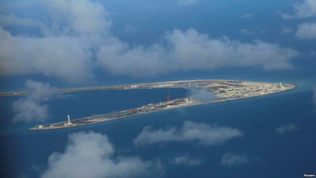去年美媒報導,中共在南海主權有爭議的島礁上部署了反艦巡航導彈和地對空導彈。 (路...