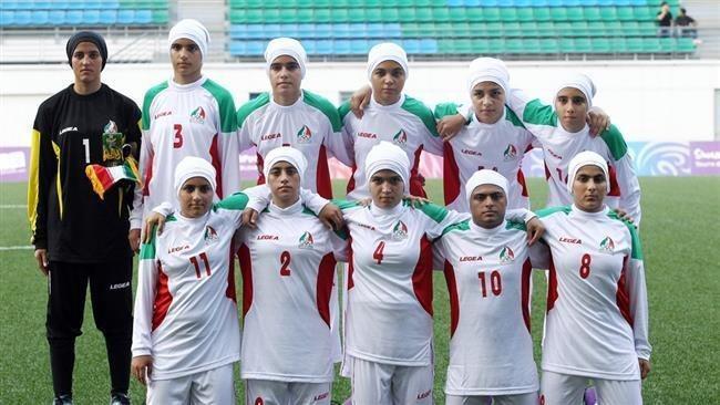 伊朗女足。 擷圖自Harmukh News推特
