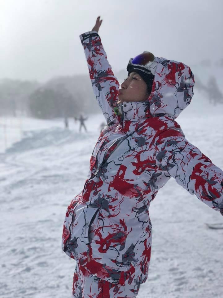 廖家儀到日本滑雪。 圖/擷自廖家儀臉書