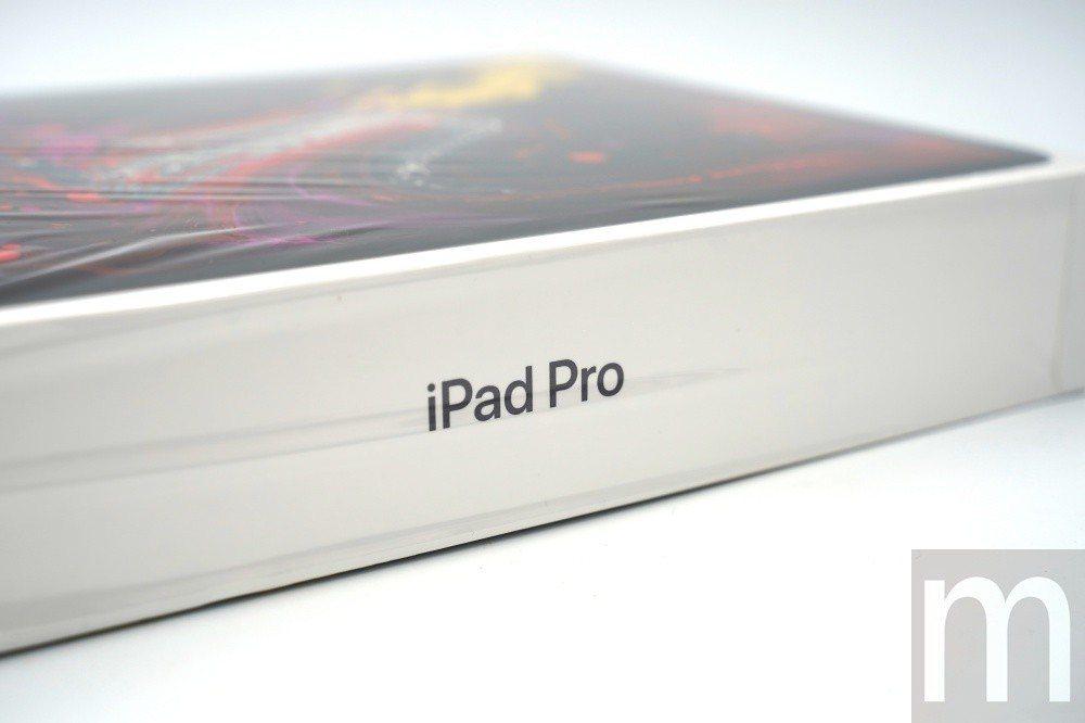 側面的iPad Pro字樣一樣未特別標示年份款式、版本規格