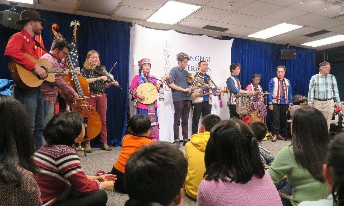美國國務院為宣揚美國文化,過去十年在中國大陸贊助開設多間文化中心,現在不僅大陸不...