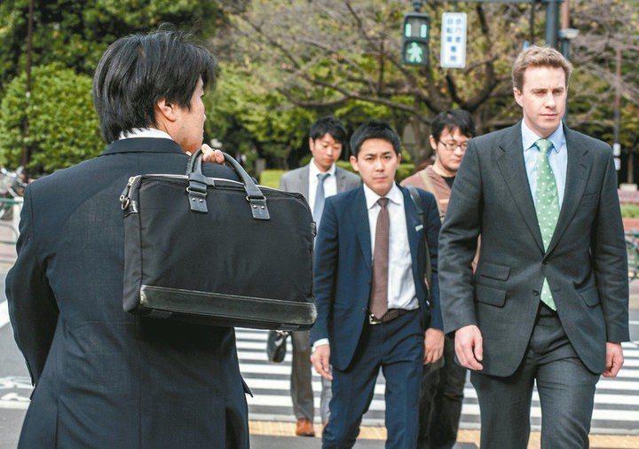 勞動部近日公告108年度外國留學生、僑生或其他華裔學生來台從事專門或技術性工作許...
