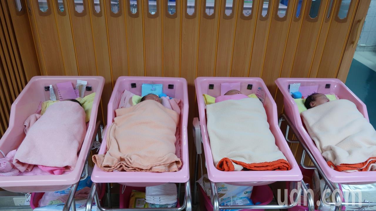 少子化浪潮席捲台灣,2017年國內新生兒人數跌破20萬人,今年整年新生兒預估僅1...