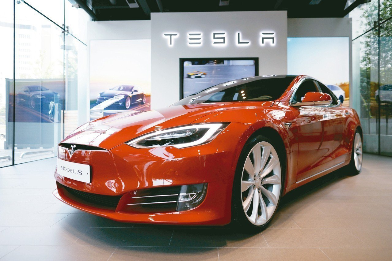 法人認為,電動車及自駕車趨勢不變,車市仍有亮點可期。 (本報系資料庫)