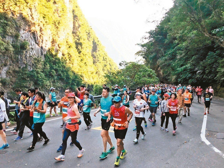好山好水的花蓮,除了知名的太魯閣馬拉松之外,一整年也有不少大小型路跑活動。 圖/...