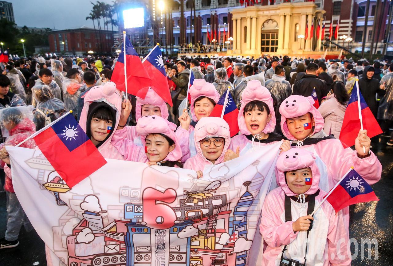 天文專家曝,今年農曆豬年只有354天 。聯合報系資料照片/記者鄭清元攝影