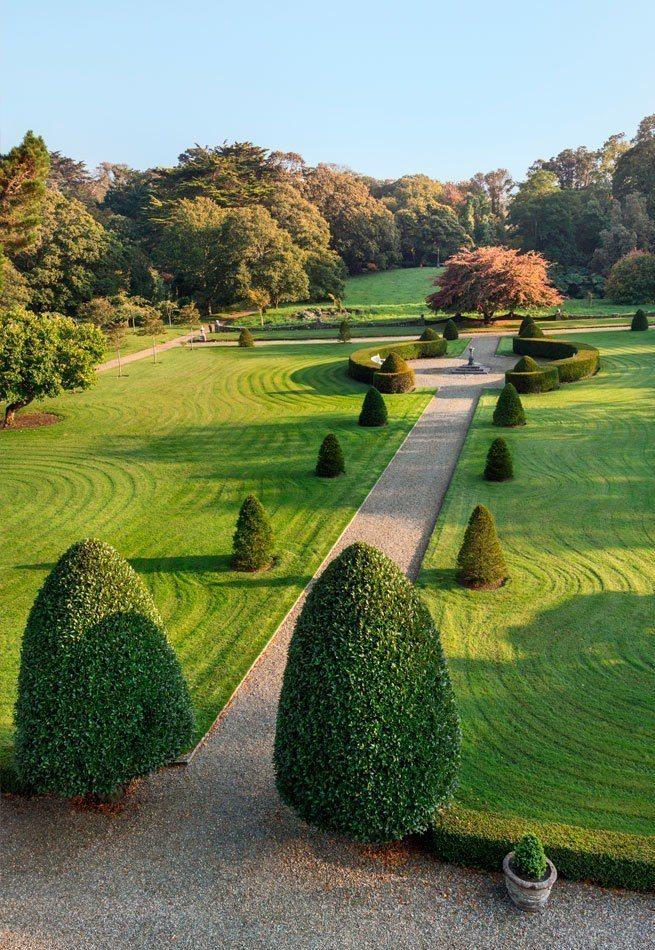 格林城堡外有大片美麗的公園。圖/摘自官網