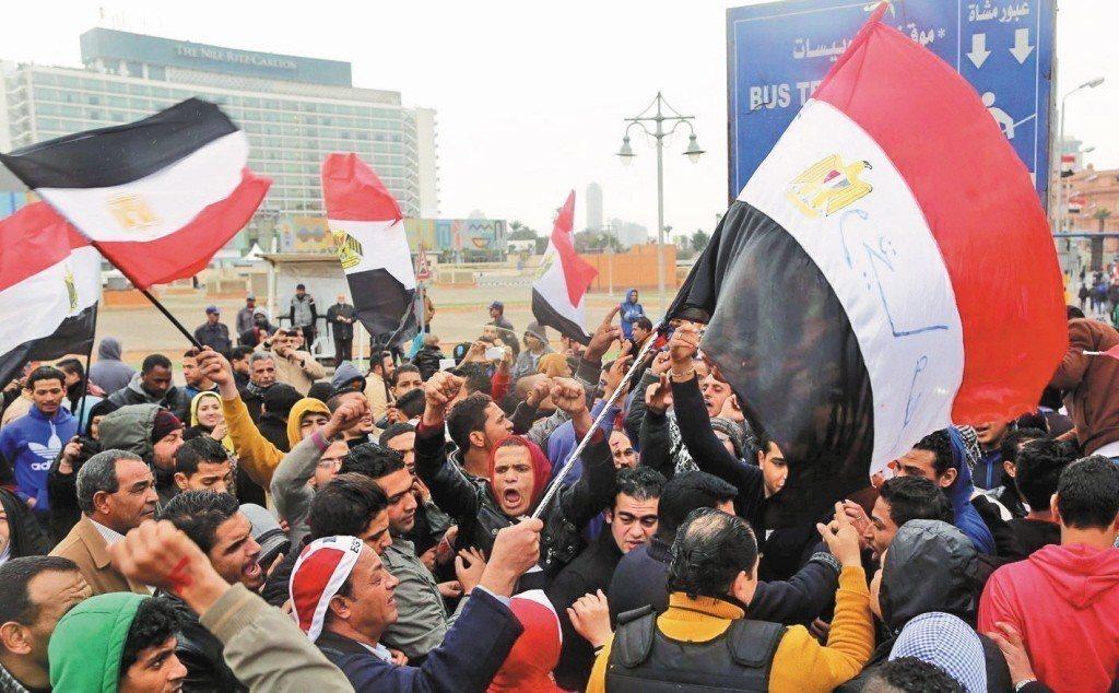 圖為埃及民眾抗議檔案照。 歐新社