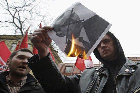 吳宗翰/歷史詮釋、記憶政治與國族建構:烏克蘭的班德拉爭議(下)