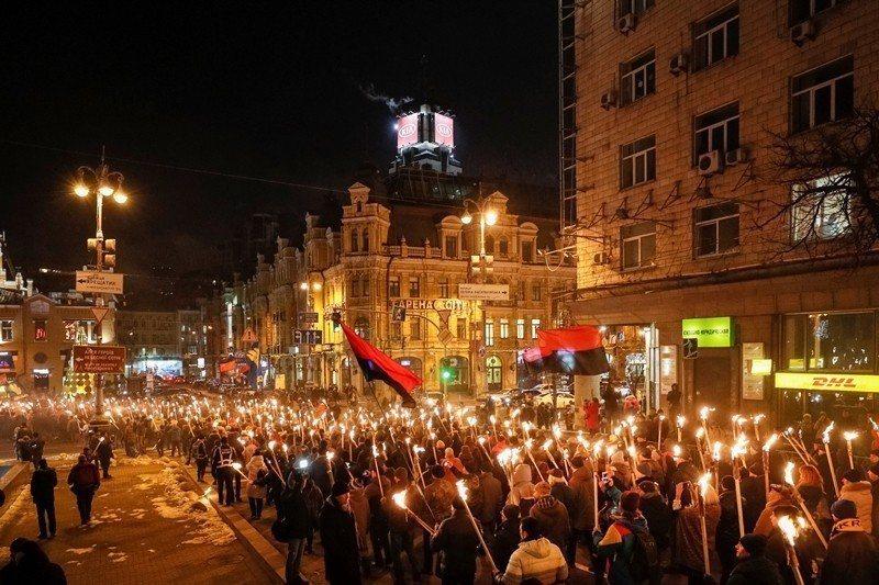 廣場革命以降,許多地區都會在1月1日慶祝班德拉誕辰。圖為今年(2019)的畫面。...