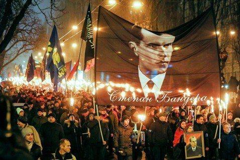 歷史詮釋、記憶政治與國族建構:烏克蘭的班德拉爭議