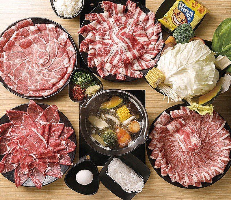 紐西蘭羊五花套餐360元(右下)、Choice安格斯牛板腱牛套餐400元(左下)...