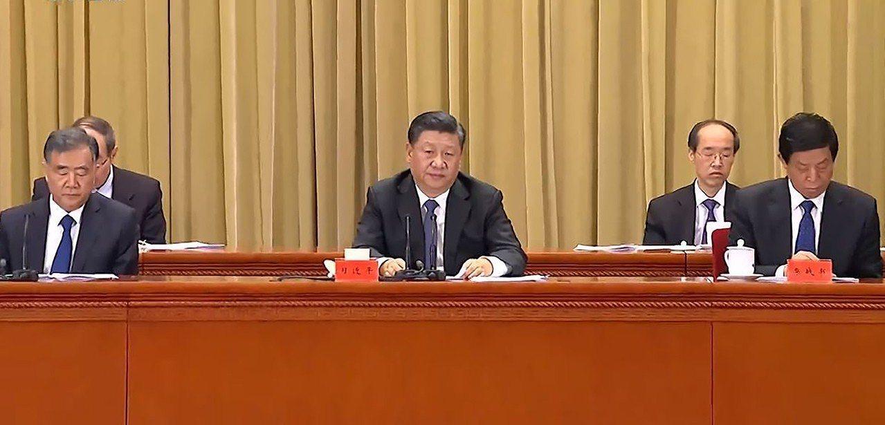 中共總書記習近平首次提出5原則,首度提出「探索兩制台灣方案」。 圖/翻攝自央視網