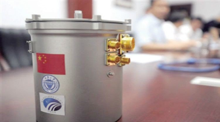 嫦娥四號載著一個約3公斤的鋁合金容器的「月面微型生態圈」,帶有馬鈴薯、蠶、擬南芥...
