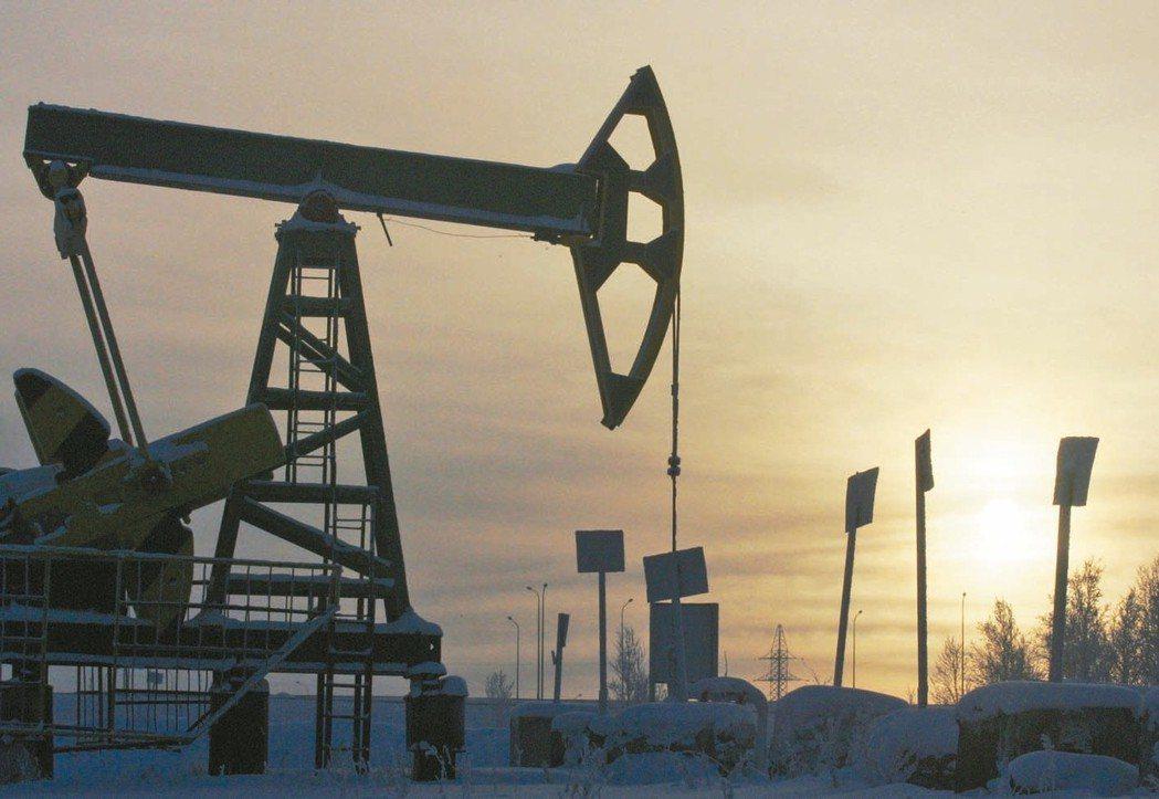 俄羅斯2018年每天平均原油產量1,116萬桶,較2017年成長1.6%。 路透