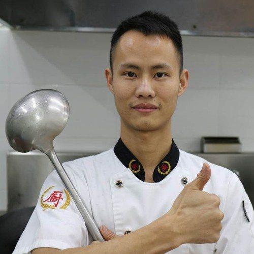 網紅廚師王剛。 圖片來源/翻攝網路
