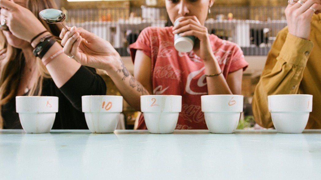 「風味、品質、易達性、方便度——這些才是消費者真正在乎的。」這或許正是「訂閱消費...