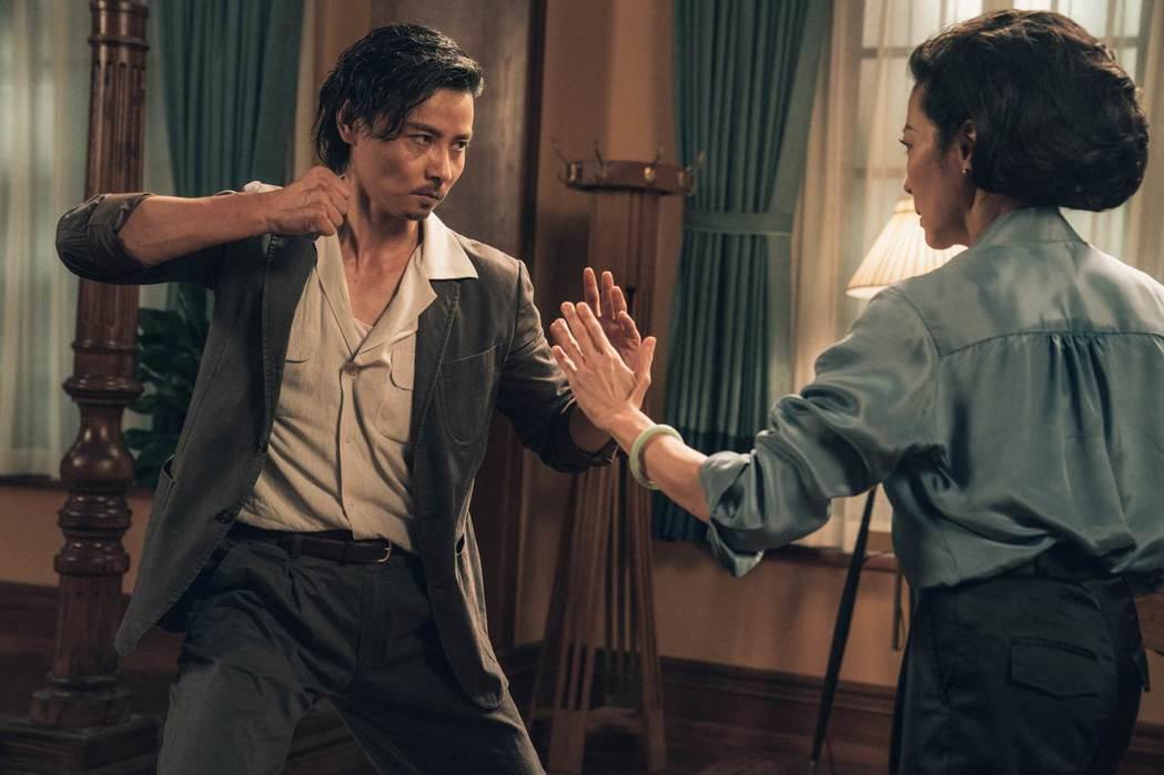 張晉(左)聯手楊紫瓊打出「葉問外傳:張天志」票房佳績。圖/華映娛樂提供