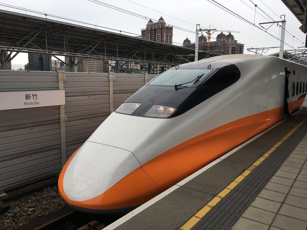 2019年春節共有9天假期,台灣高鐵為服務旅客返鄉團圓及年節出遊需求,從本月31...