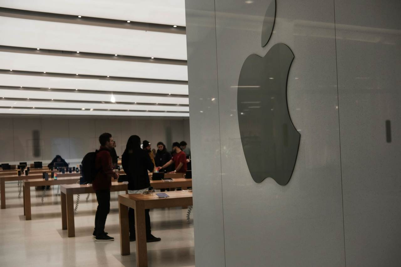 蘋果股價蒸發只是第一槍,後面還有更多企業跟進。 法新社