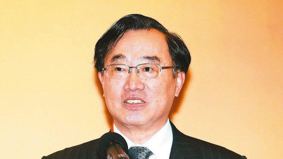 台灣證交所董事長許璋瑤表示,上市公司去年底市場殖利率提升至4.8%,高獲利、低本...