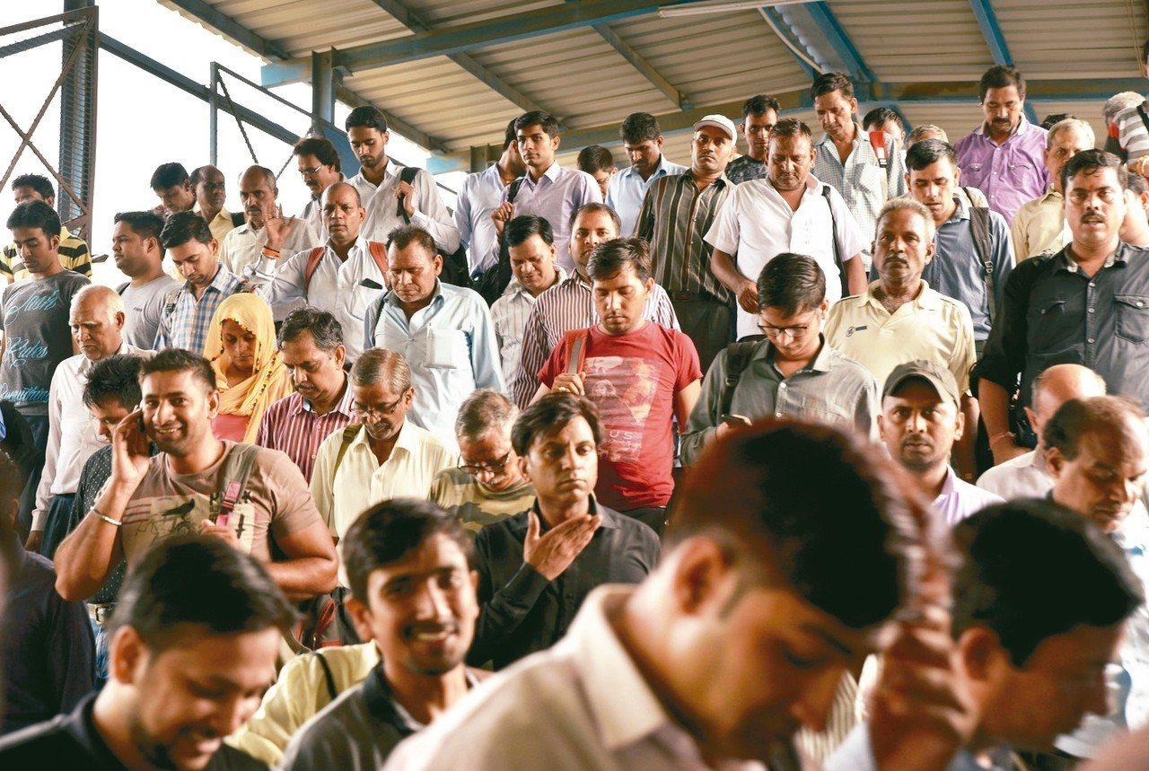 印度有望在2024年成全球第一人口大國。 美聯社