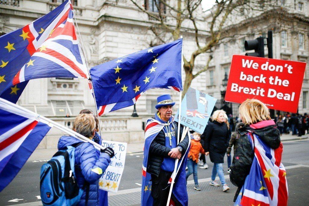 據4日發布的一份民調顯示,英國首相梅伊所屬的保守黨內,仍有近6成反對梅伊與歐盟達...
