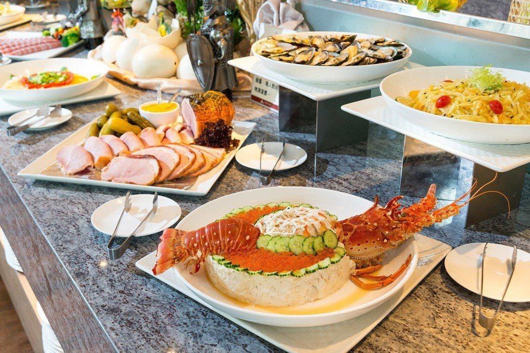 苗栗頭份君樂飯店-歐雅閣西餐廳推出全自助Buffet吃到飽,豐富多樣料理可選擇。...