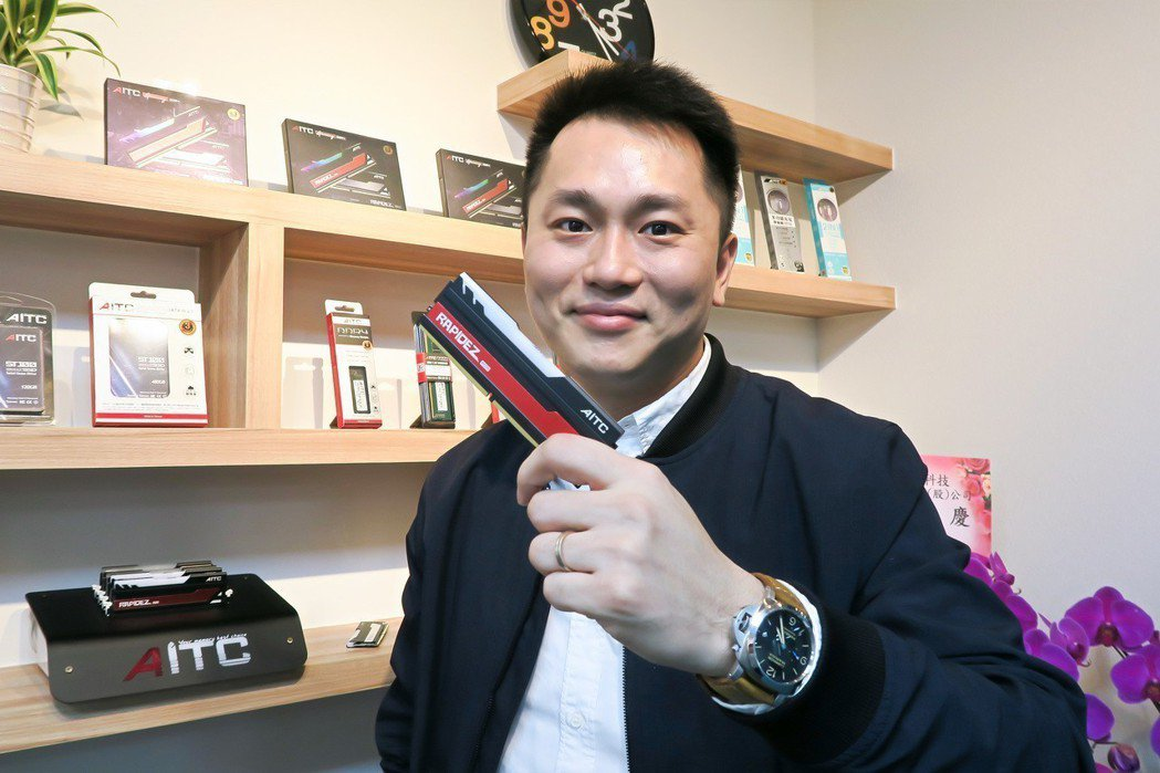 艾格創新科技總經理趙偉孝表示,今年將全力投入自有品牌銷售。 彭子豪/攝影