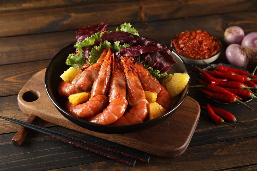 Asia49-秘製辣醬炒天使蝦NT$480。