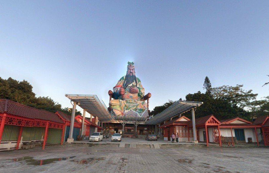 普天宮的關公像高達120公尺 圖片來源/google map