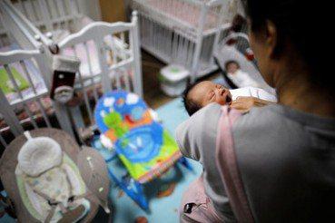 生育率下降值得慶祝?深慮臺灣人口未來,對症下藥才是出路