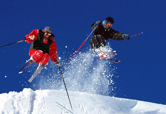 草津國際滑雪場。 圖/納豆旅行網
