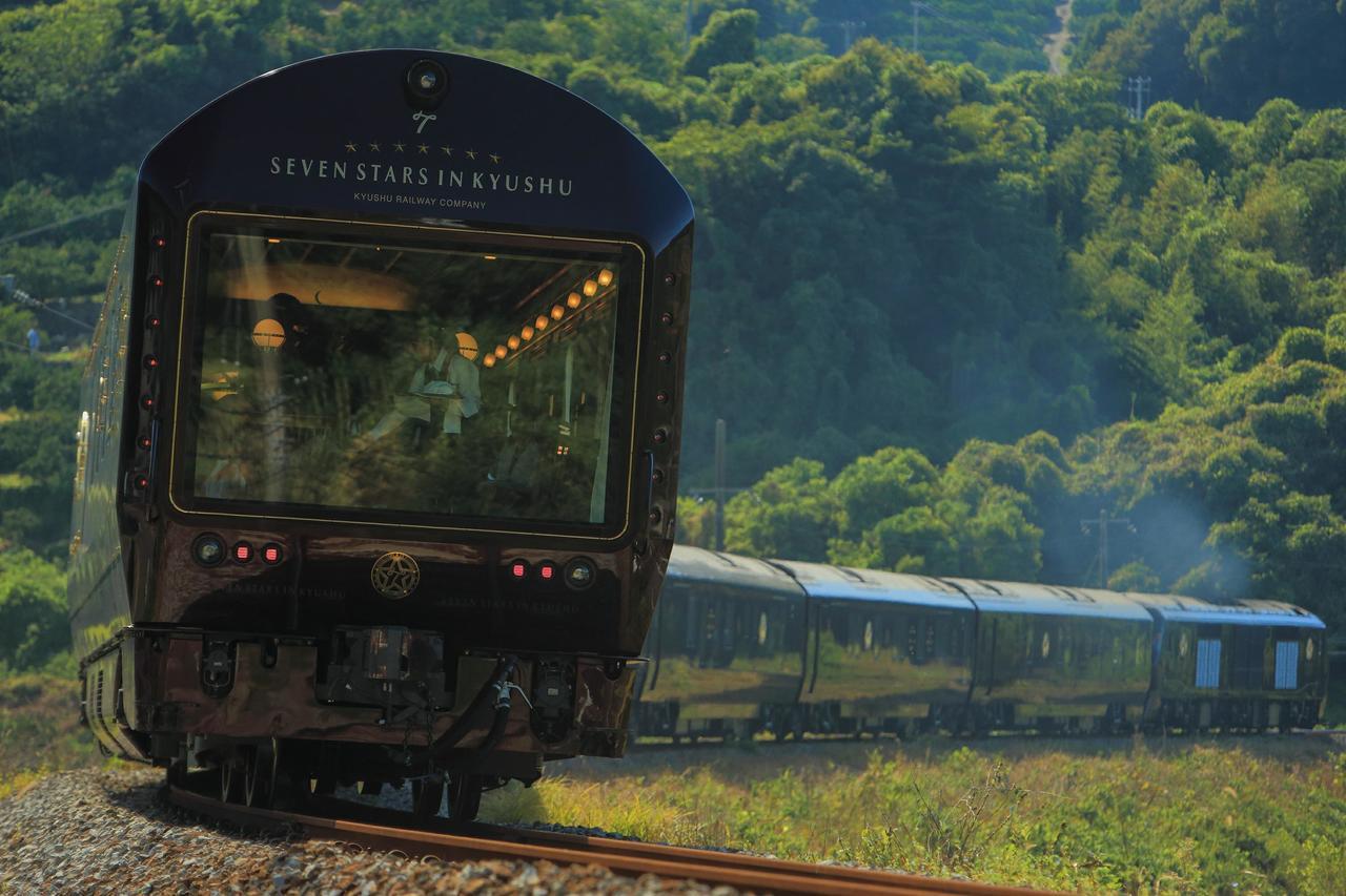 日本以便捷的鐵路運輸系統聞名,也使得「鐵道之旅」成為日本高人氣的旅行方式。 圖/...
