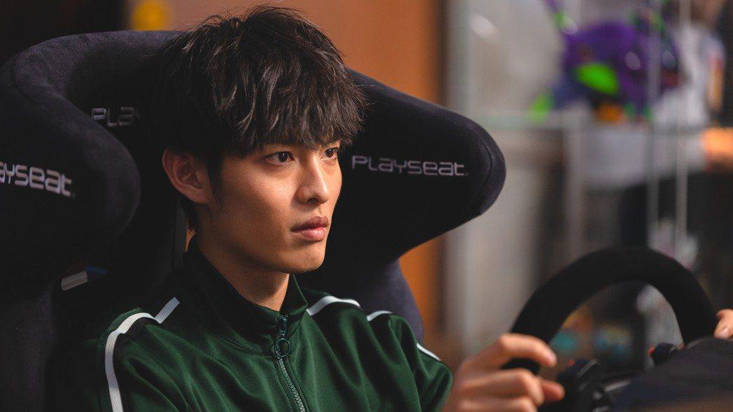 曹佑寧在周杰倫監製新片「叱吒風雲」飾演賽車手。圖/創映電影、量能影業提供