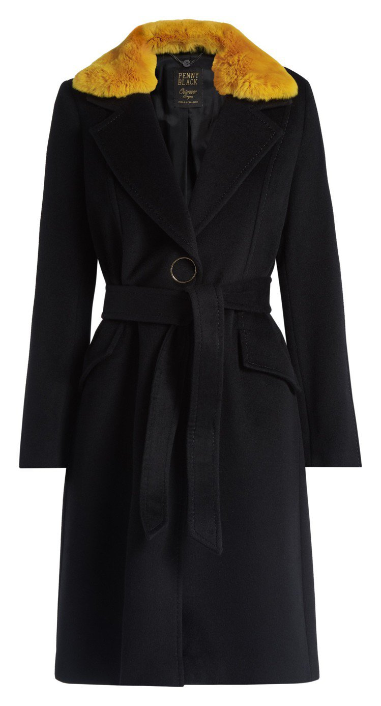 AEREO絨毛墜領綁帶外套,售價30,800元。圖/PENNYBLACK提供