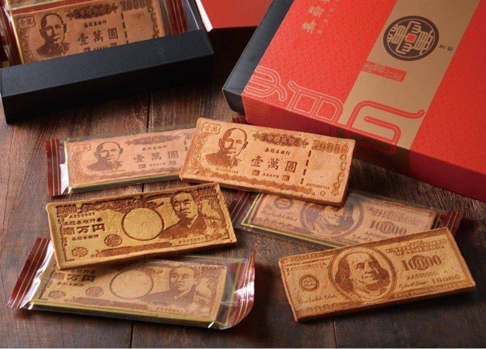 季之鮮嘉冠喜鈔票煎餅6片入禮盒。圖/momo購物網提供