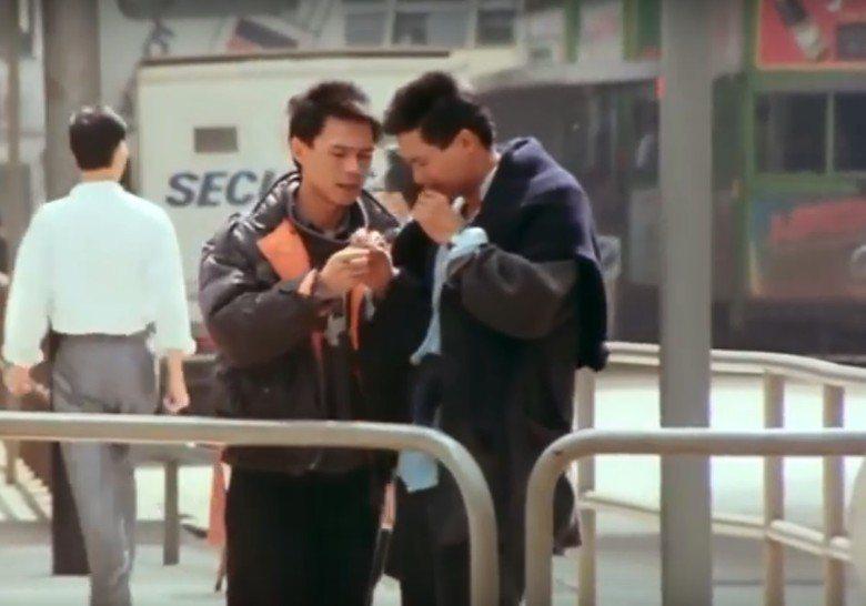 林嶺東(左)自己都跳下來在「龍虎風雲」客串。圖/翻攝自YouTube