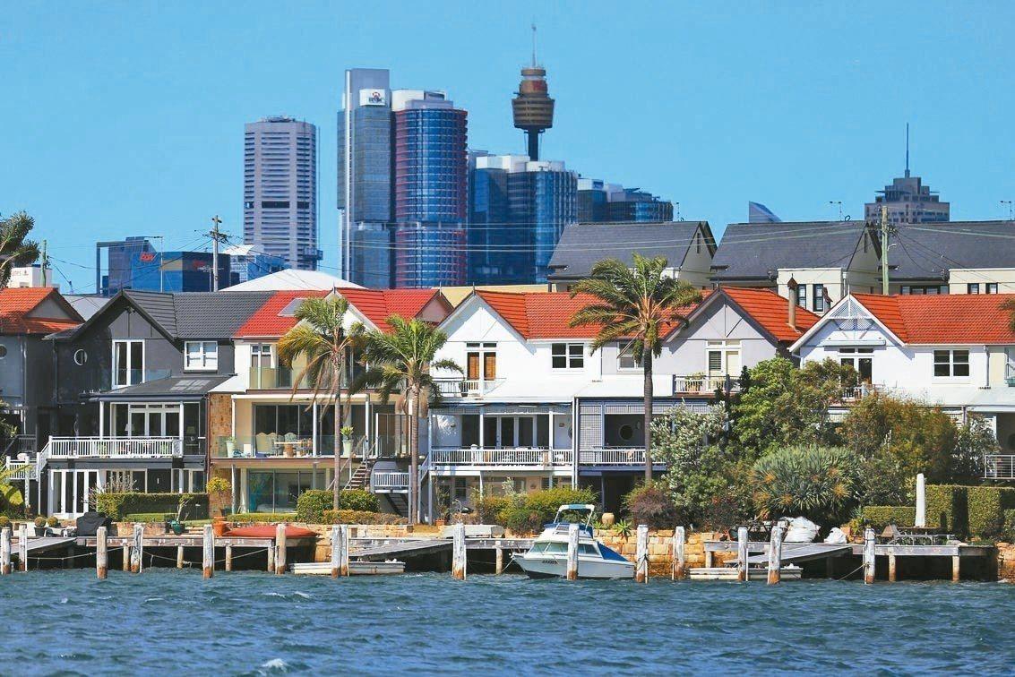 全球房市景氣普遍降溫,連亞洲房地產也無法豁免。 路透