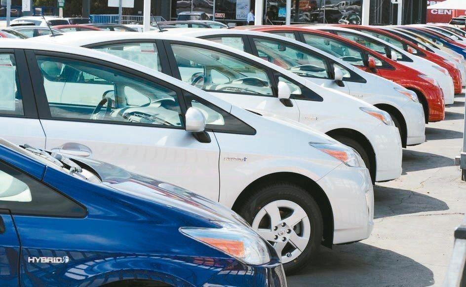汽車高層主管多半對美國車市前景保持謹慎態度,主因是車貸利率將繼續上揚。 法新社