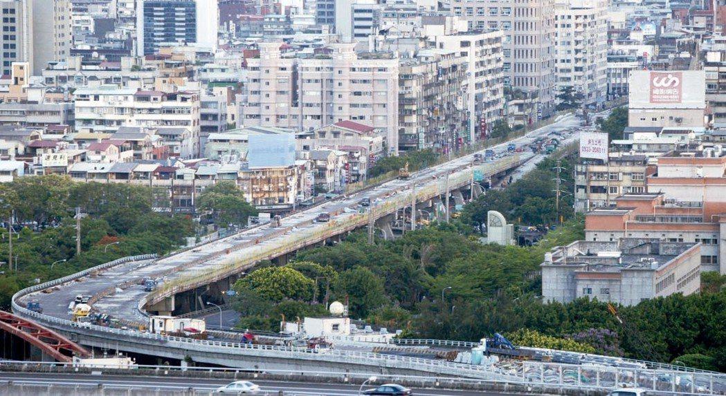 台北市總價2,000萬元以下房屋交易中山區最多。 本報系資料庫