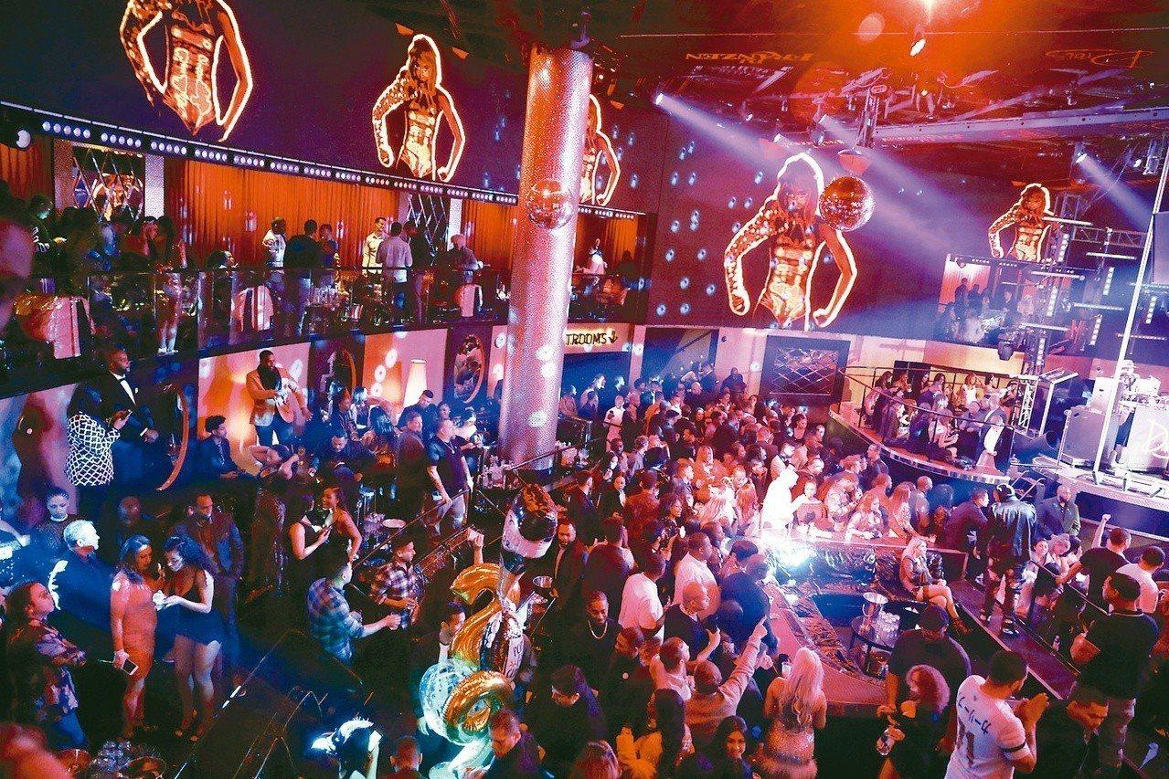 英國各地夜店紛紛宣布結束營業,因為民眾已漸漸轉向其他娛樂活動。美聯社