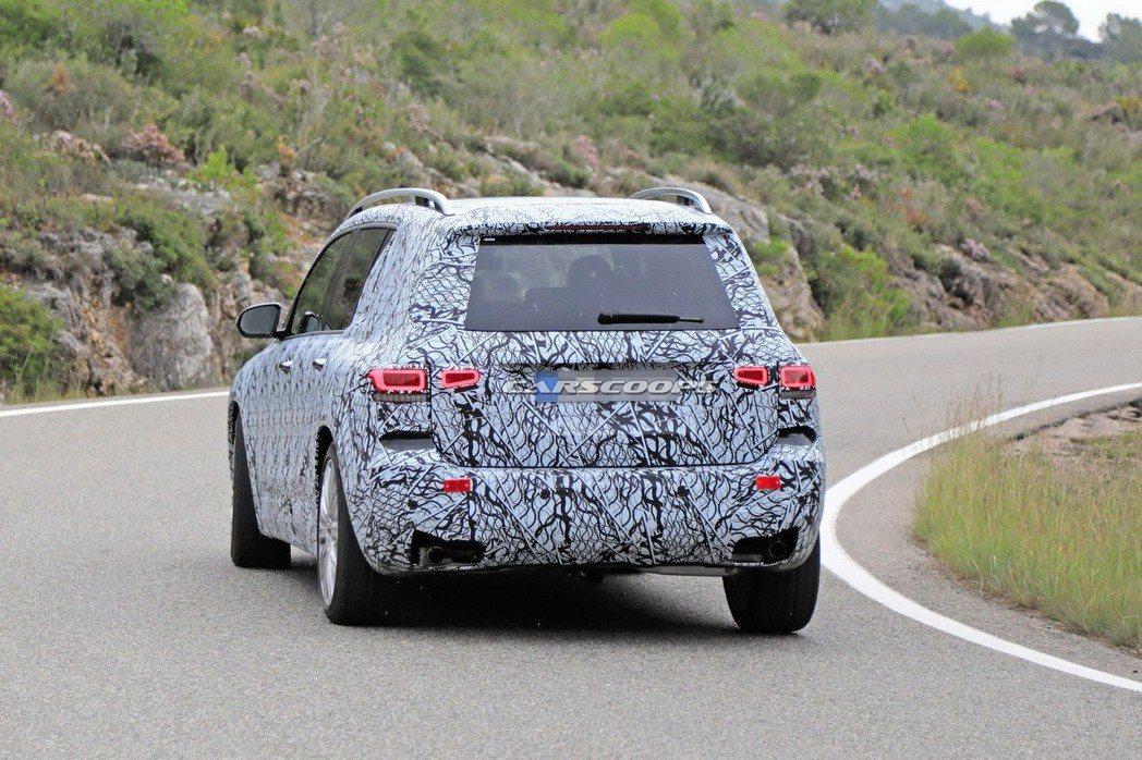 Mercedes-Benz也打算為GLB推出AMG GLB 35性能版休旅。 摘自Carscoops
