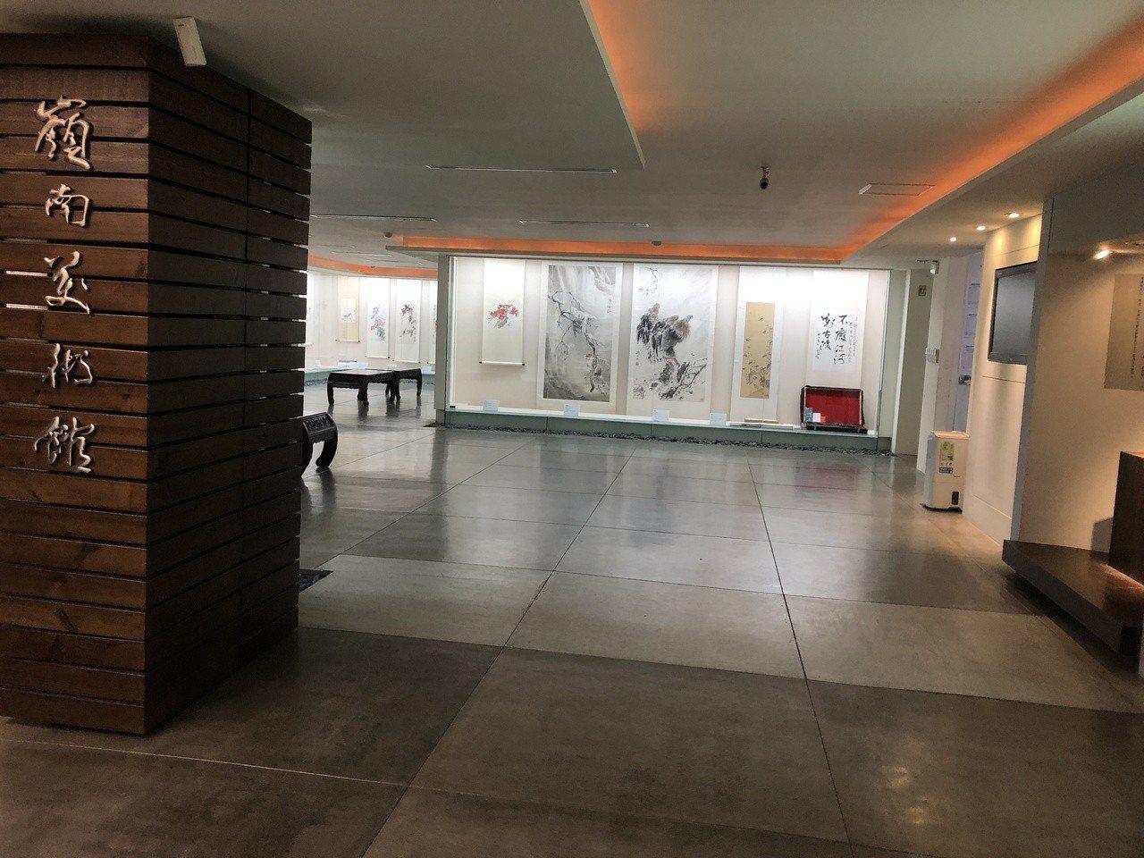 位於原為近史及歐美聯合大樓三樓的嶺南美術館內部。記者何定照/攝影