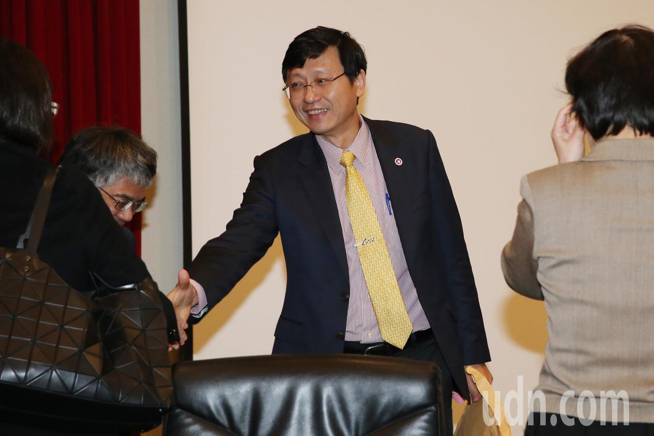 台灣大學昨天舉行107學年度第1學期第2次校務會議,因管中閔將於下周接任校長。代...