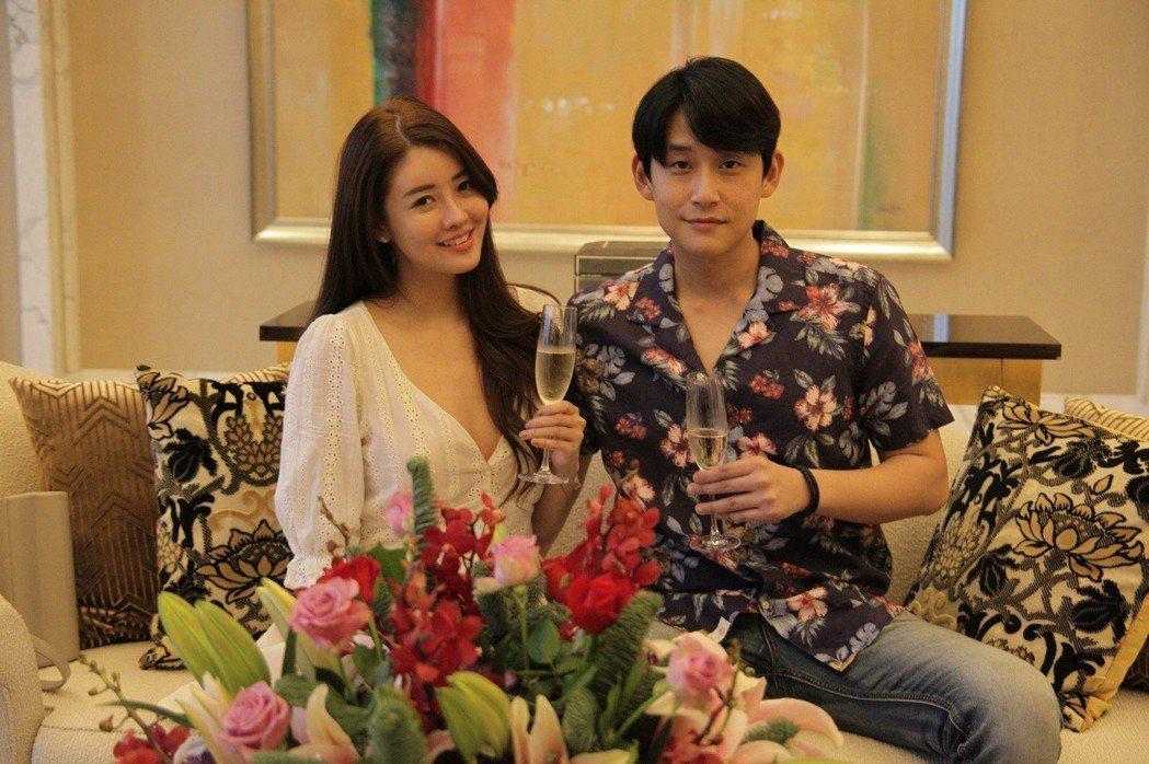 賴琳恩、陳乃榮日前到菲律賓跨年歡度結婚2周年。圖/伊林提供